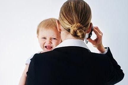 Annenin Çocuk Yaşamındaki Önemi ve Çalışan Anne